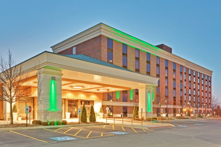Hotels Near Countryside Il
